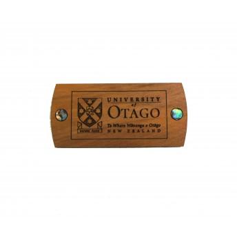 Rimu magnet Otago University crest